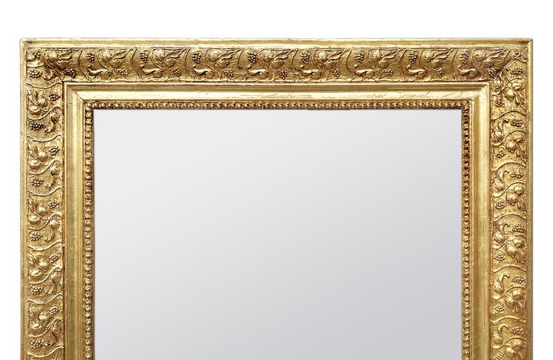 Cadre miroir doré ancien décor feuilles de vigne et grappe de raisin