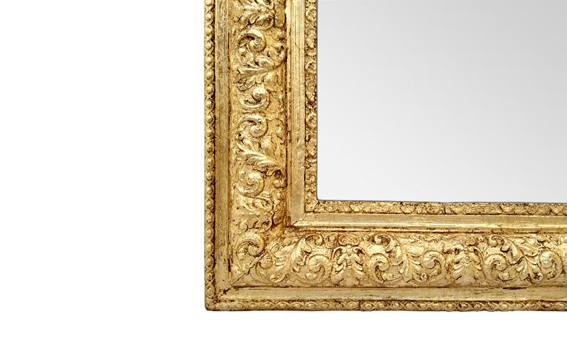 Encadrement bois doré miroir style Louis Philippe décor feuillages