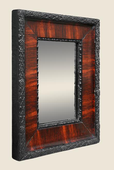petit miroir ancien noir peint imitation acajou. Black Bedroom Furniture Sets. Home Design Ideas