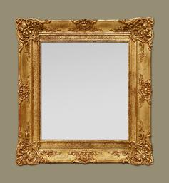 Miroir doré époque restauration à décor de coquilles